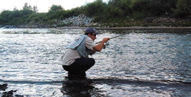 Способ ловли на воблеры на реке