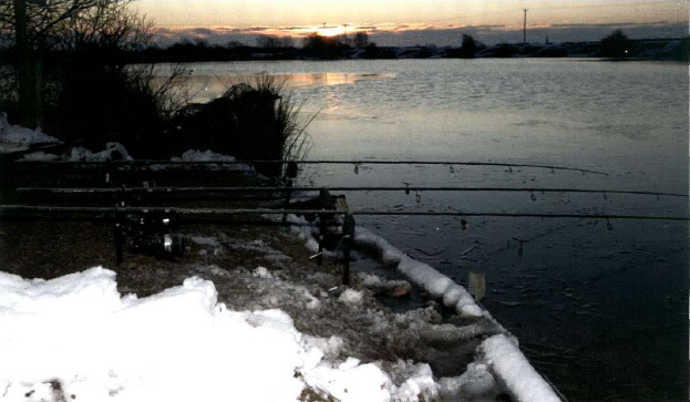 Отличный водоем зимой с карпом