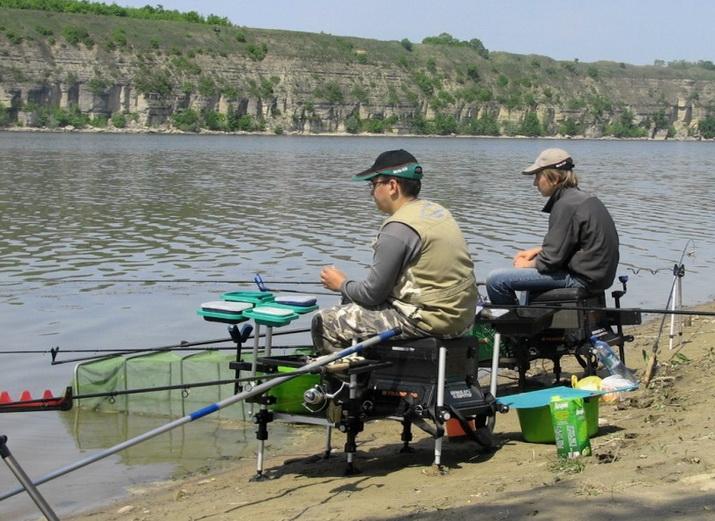 Рыболовы, которые ловят крупную рыбу быстро