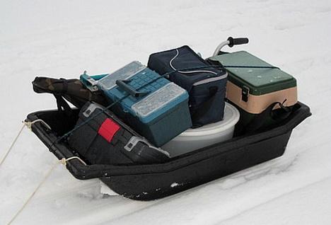 Санки для перемещения по льду рыболовного инвентаря
