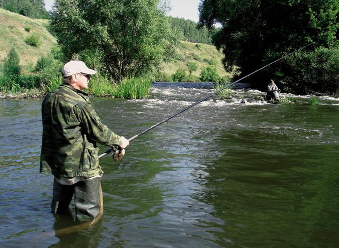 Выбор места ловли на реке - трудная задача