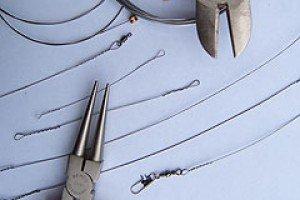 изготовление поводка из струны