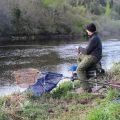 Кормушка  – ловить на реке эффективно